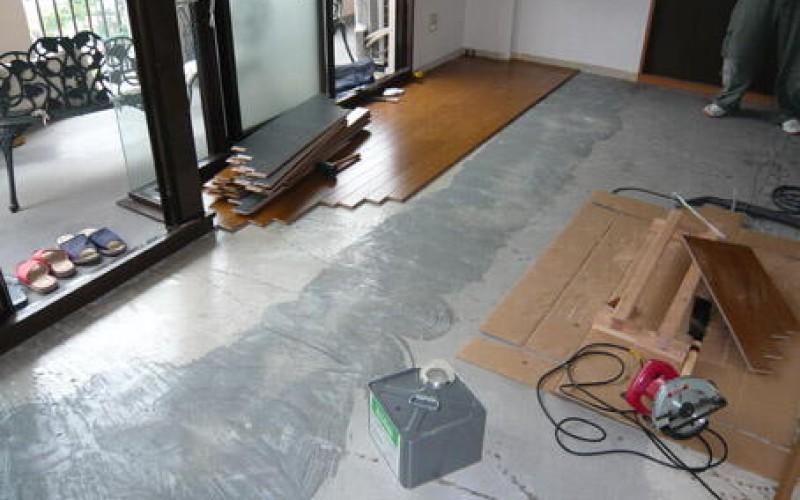 浜松市のマンションリフォームのカーペットから防音フローリングへの施工手順