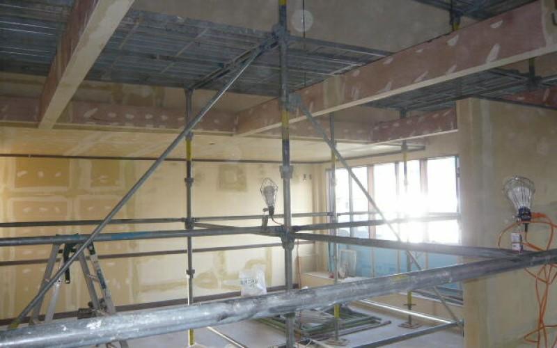 浜松市中区幸町の先輩のお店の店舗新装工事がスタート~その5~大工工事終了、塗装工事、クロス工事