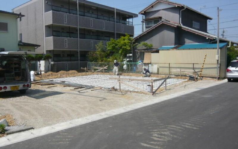 基礎工事が進んでいます。浜松で家を建てるならを考えて。