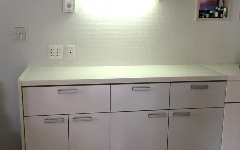 浜松市中区M様邸にて収納棚の設置施工事例です