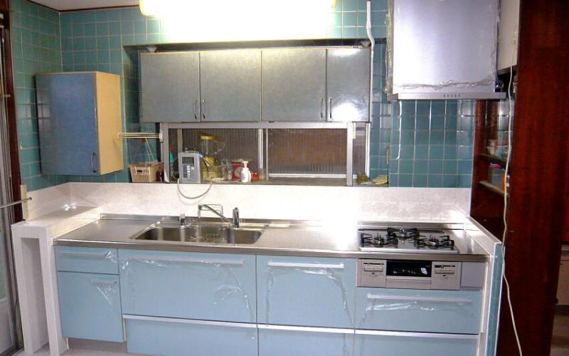 母親思いのキッチンリフォームの施工事例です。UEさんと出会えてよかった!と言って頂けました。