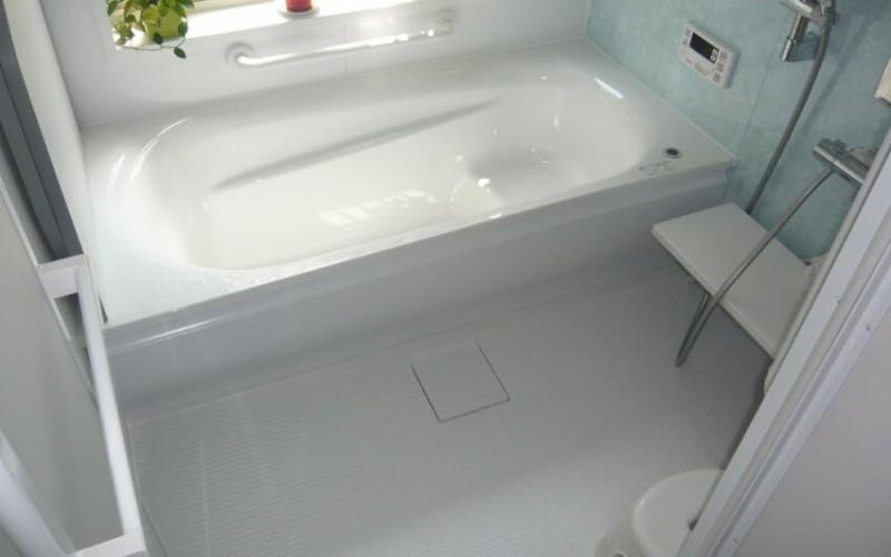 暑いこんな日にはTOTOのサザナのお風呂でゆっくり汗を流しましょう!