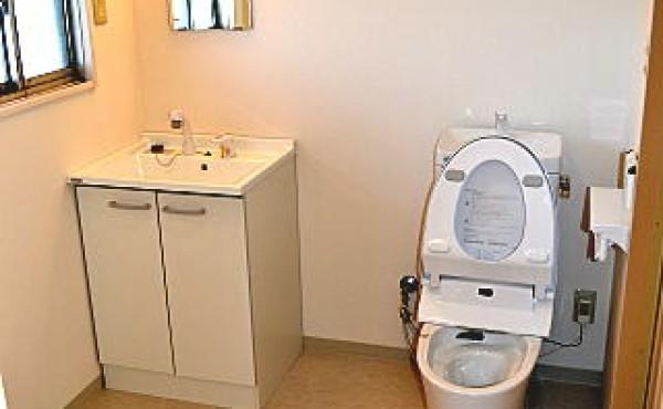 入居率アップのリノベーション工事の施工事例 浜松市中区のアパート その2のサムネイル