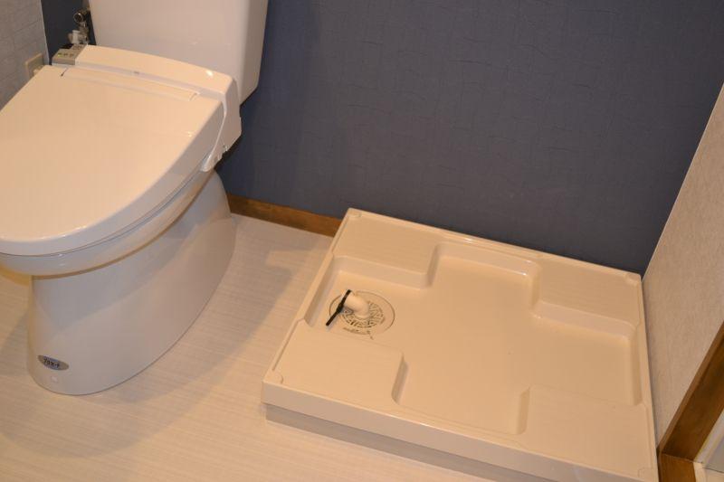 施工後 トイレの横に洗濯機置き場を設置